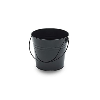 MT031 Medium black metal bucket