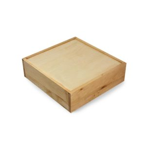 SP052 Wooden plinth