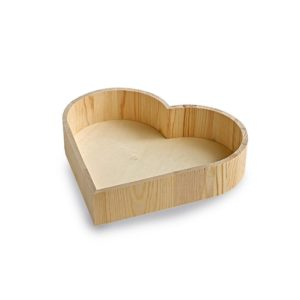 TR166 Large wooden heart shaped tray
